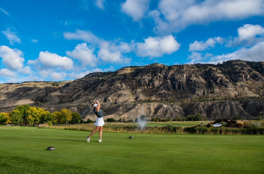 6 Holes That Make Fall Golf Great